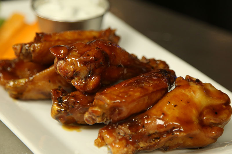 Pickett's Village Bar - Wings